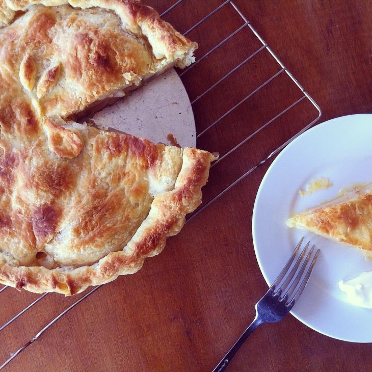 golden pear pie